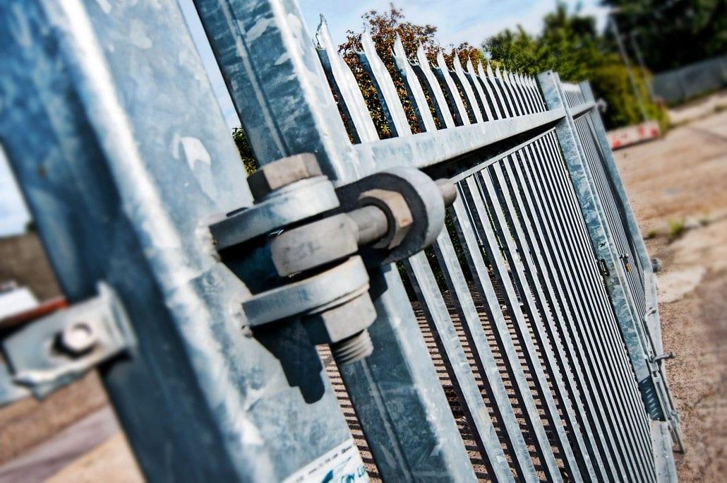 Rail Fencing Contractor
